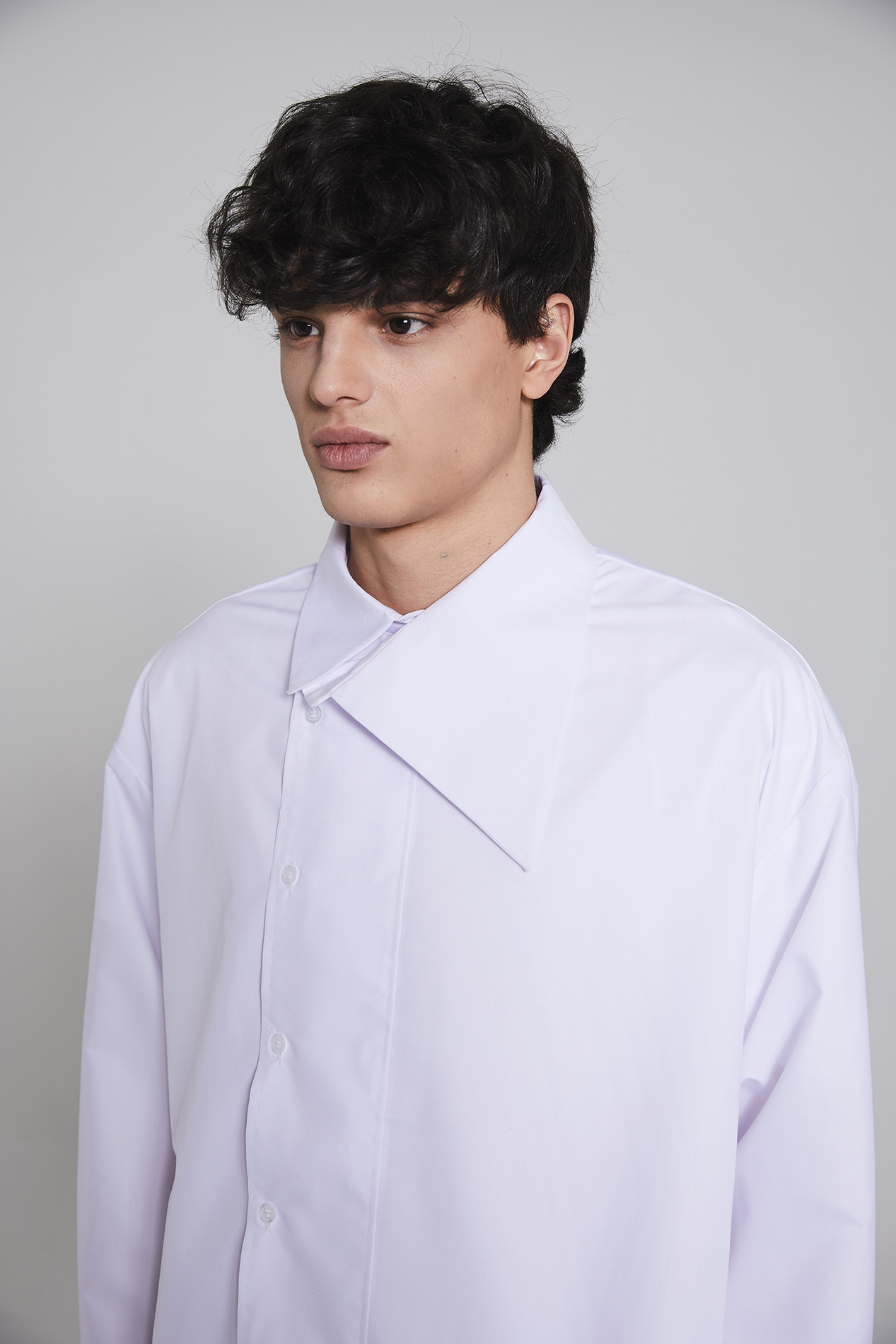 [-30% SEASON OFF SALE]MILLIN unbalance shirt(white)